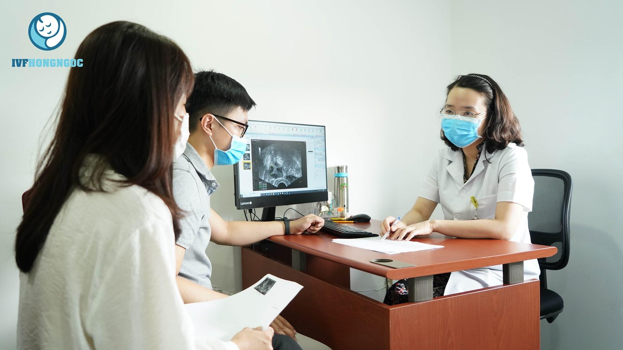 Thăm khám tại IVF Hồng Ngọc